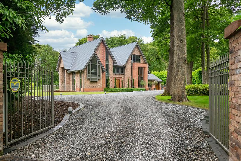 View Full Details for Charcoal Woods, Charcoal Road, Bowdon