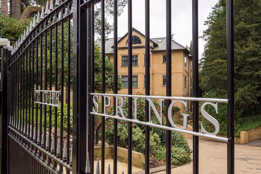 Images for The Springs, Bowdon